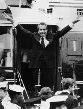Nixon resigns_1974